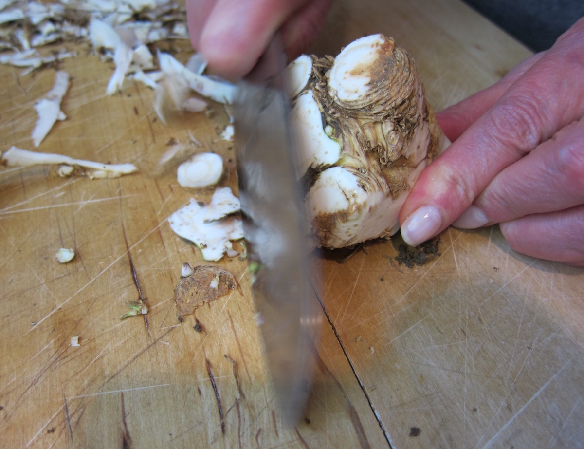 fresh horseradish - with a sharp, sturdy knife, trim off the edges of the gnarly top of the root - Atticmag