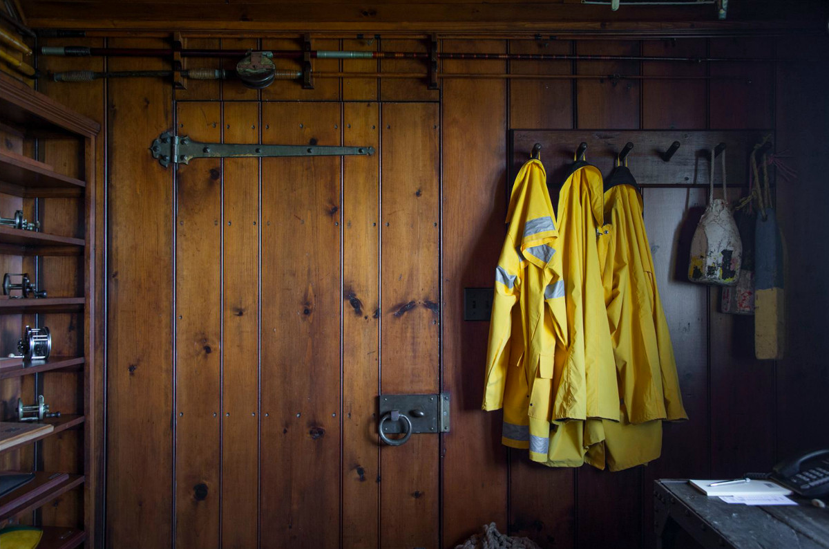 Andy Warhol beach house - fishing tackle room in a cottage at Eothen, in Montauk Long Island - Gotham Photo Company via Atticmag