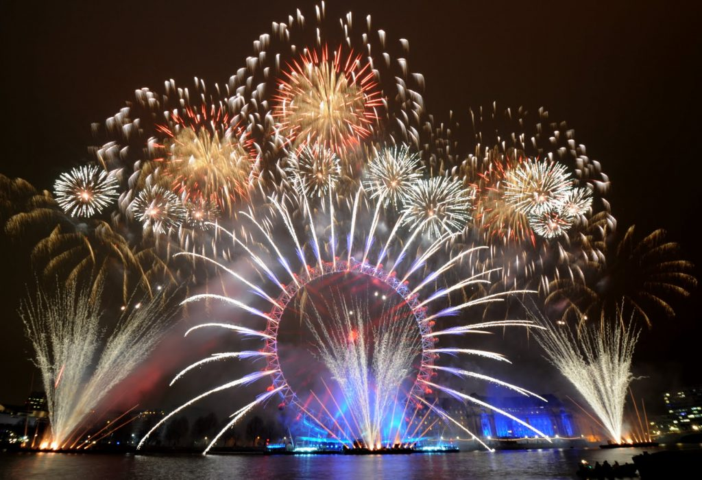 New Year's Eve fireworks - wallpapercave via Atticmag