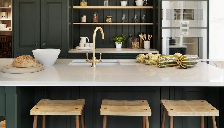 dark green kitchens - Teddy Edwards' Brooklands kitchen - Teddy Edwards via Atticmag