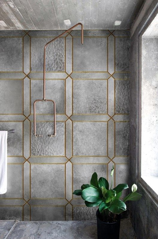 open plan shower - Italian textured wall covering on a contemporary shower - wall & deco via Atticmag